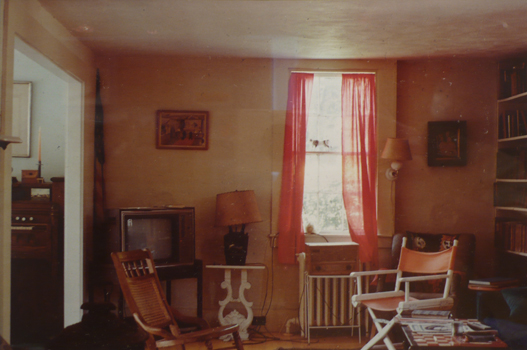Gloria Nardin: Mary Hackett's Living Room